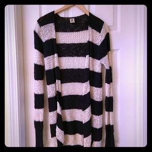 Sweaters - Roxy cream and navy open long cardigan size medium